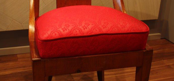 klassische polsterung mit aufwendigen details polsterei august karp raumgestaltung. Black Bedroom Furniture Sets. Home Design Ideas